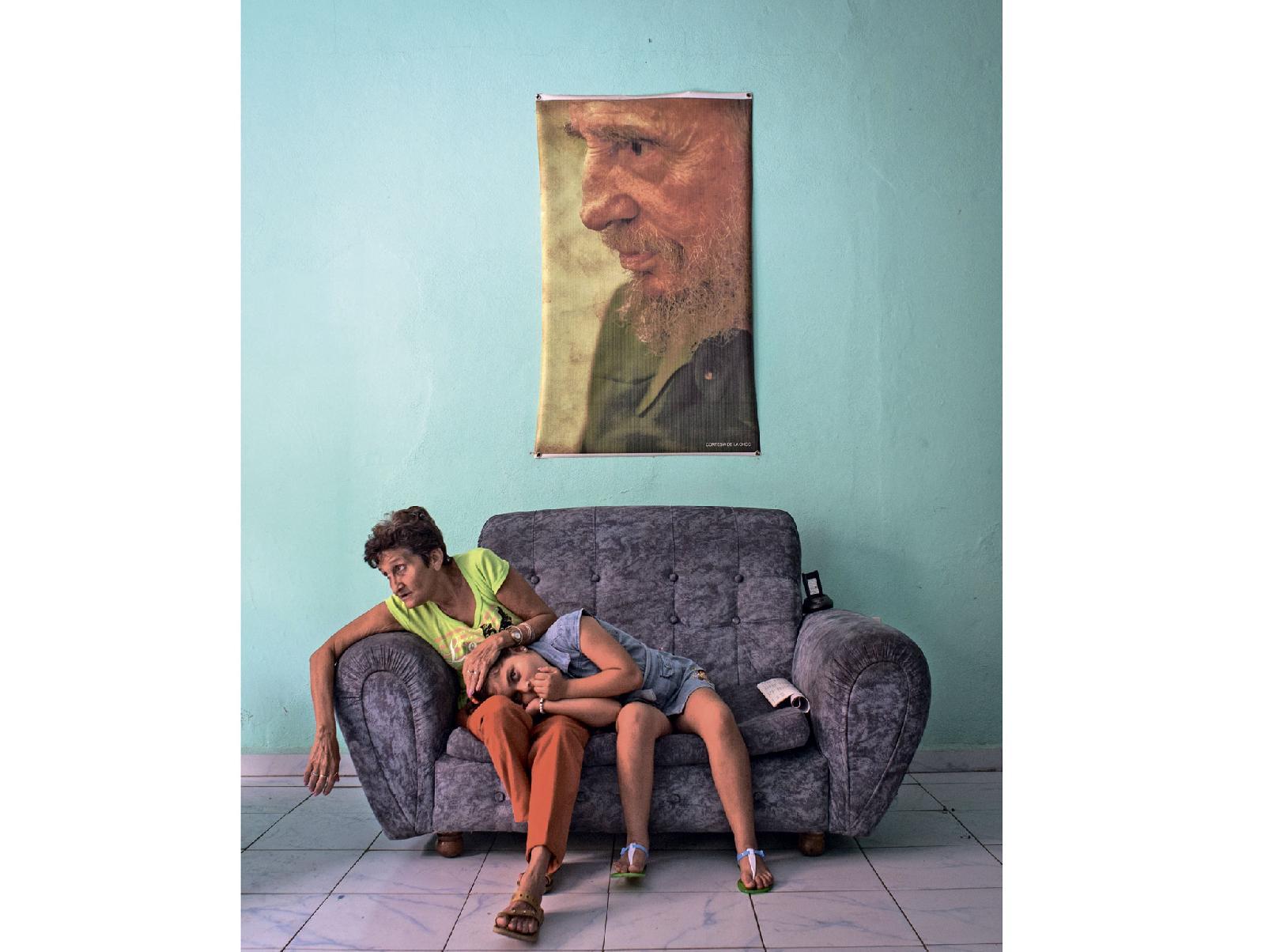 «Верность» — снимок, отмеченный наградой World Press Photo 2017 вноминации «Лица». Вназвании снимка обыгран смысл имени Фидель (отлатинского Fidelis — верный)