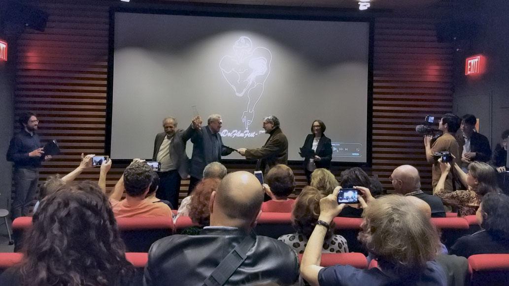 Вручение наград победителям фестиваля русского документального кино в Нью-Йорке