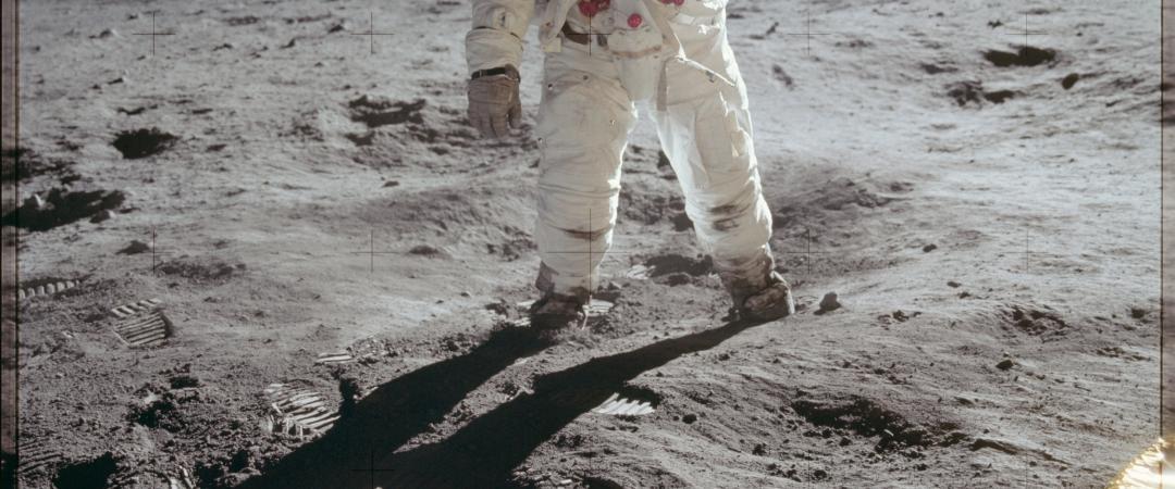 Эдвин Олдрин наЛуне. Первый снимок человека надругой планете. NASA