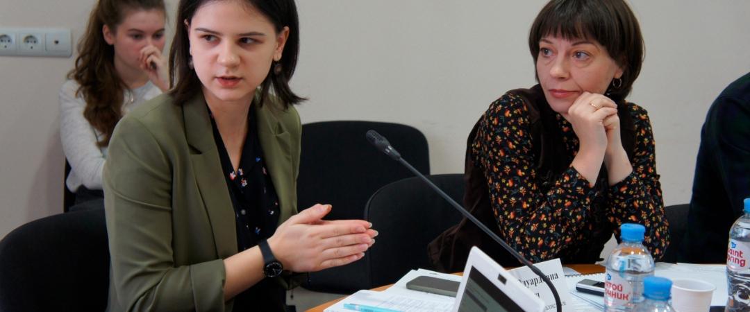 Софья Сенич накруглом столе повопросу информирования граждан ороссийских ядерных технологиях